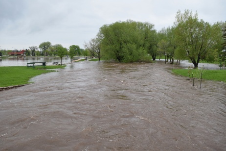 Flooding along Rapid Creek.